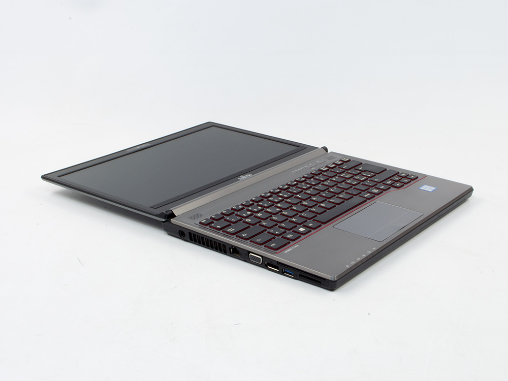 FUJITSU LifeBook E736 - i5-6300U | 8GB DDR4 | 500GB HDD 2,5"