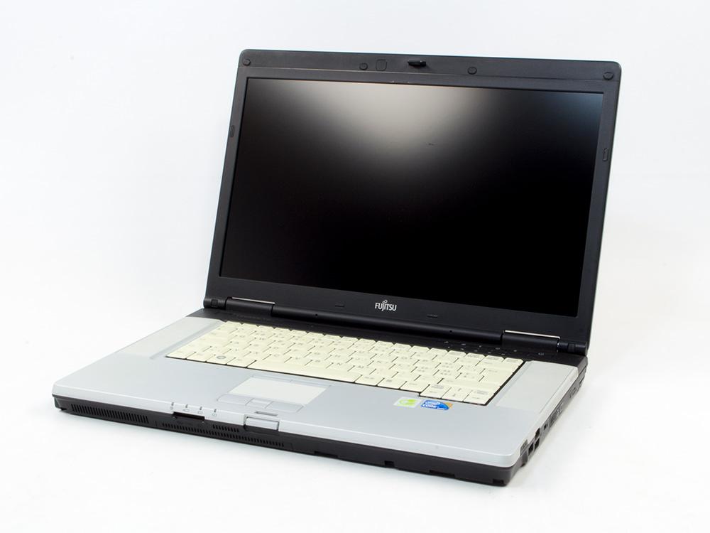 "FUJITSU LifeBook E780 - i5-520M | 4GB DDR3 | 500GB HDD 2,5"" | DVD-RW | 15,6"" | 1600 x 900 | HD 3000 | Win 7 Pro COA | B"