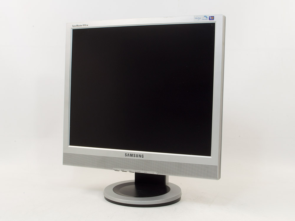 "SAMSUNG SyncMaster 910TM - 19"" | 1280 x 1024 | DVI | VGA (d-sub) | Silver"