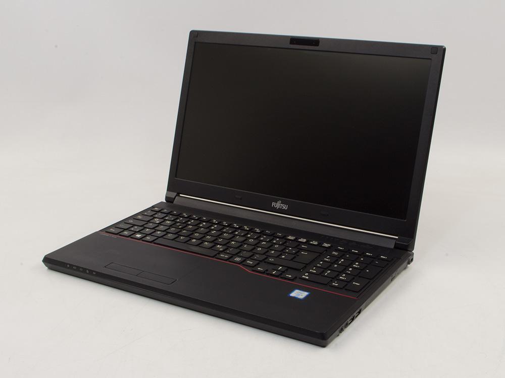 "FUJITSU LifeBook E556 - i5-6300U | 8GB DDR4 | 240GB SSD | DVD-RW | 15,6"" | 1366 x 768 | NumPad | HD 520 | Win 10 Pro | Silver"