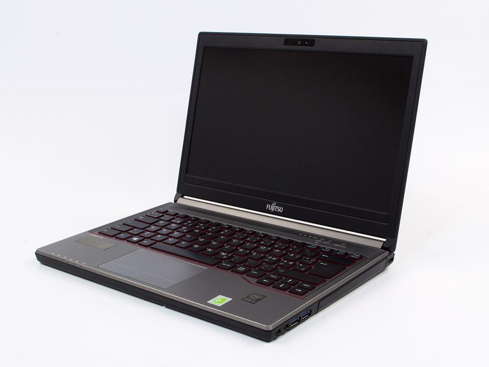 """FUJITSU LifeBook E734 - i5-4210M   8GB DDR3   500GB HDD 2,5""""   DVD-RW   13,3""""   1366 x 768   Webcam   HD 4600   Win 10 Pro   Silver"""