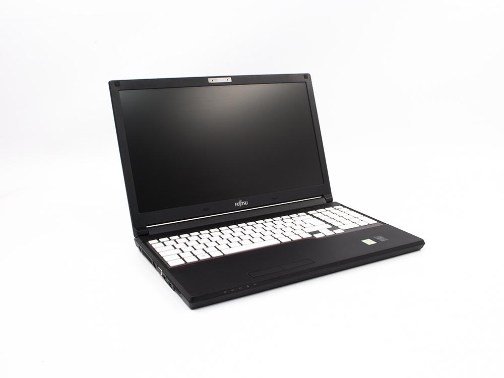"Fujitsu LifeBook E554 - i3-4000M | 8GB DDR3 | 128GB SSD | DVD-RW | 15,6"" | 1366 x 768 | NumPad | HD 4600 | Win 10 Pro | Silver"